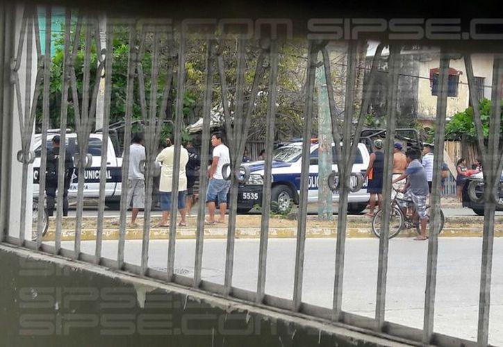 Al sitio arribaron las autoridades municipales. (Redacción/ SIPSE)