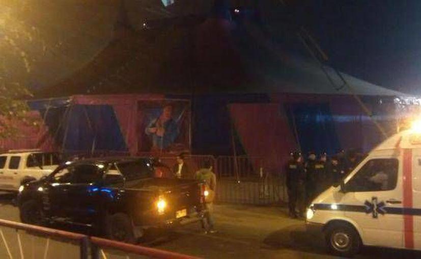 Imagen del circo donde la explosión de una granada dejó once heridos en San Juan de Lurigancho, Perú. (Foto tomada del Twitter @Katherin3Soto)