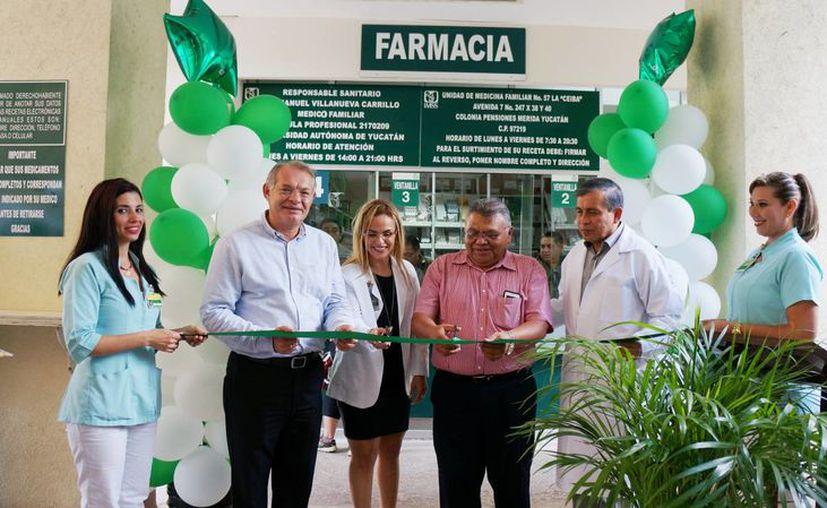 Con las modificaciones realizadas a la farmacia de la UMF del IMSS en Peniones, se beneficiará a más de 107 mil derechohabientes adscritos y se favorecerá a la disminución de los tiempos de espera en el proceso del surtimiento de recetas. (Foto cortesía)