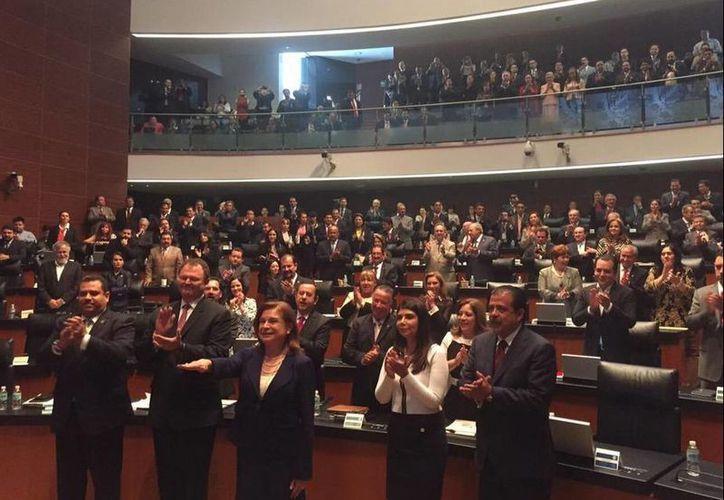 Arely Gómez al rendir protesta como procuradora General de la República. (Twitter/@Cristina_Diaz_S )