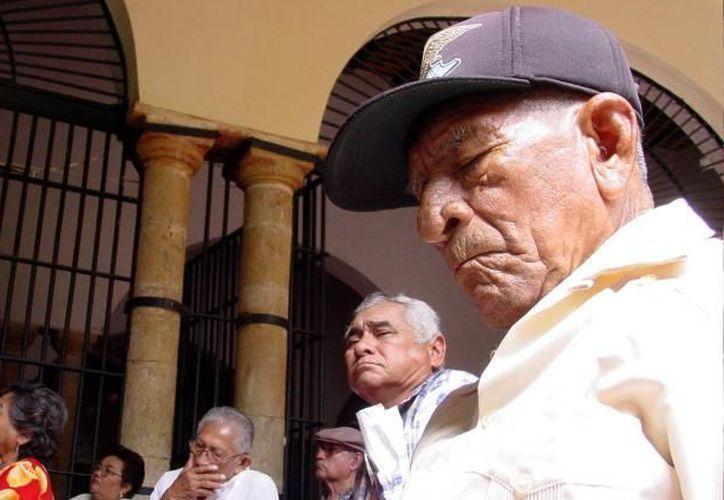 Para 2013, el gasto que se plantea desembolsar para las pensiones es de 408 mil 730 millones de pesos. (Archivo SIPSE)
