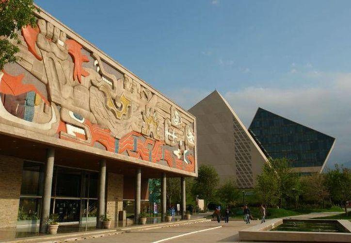 El Tecnológico de Monterrey dio a conocer los requisitos para ser candidato a una de las becas que otorgará. (Dinero en Imagen)