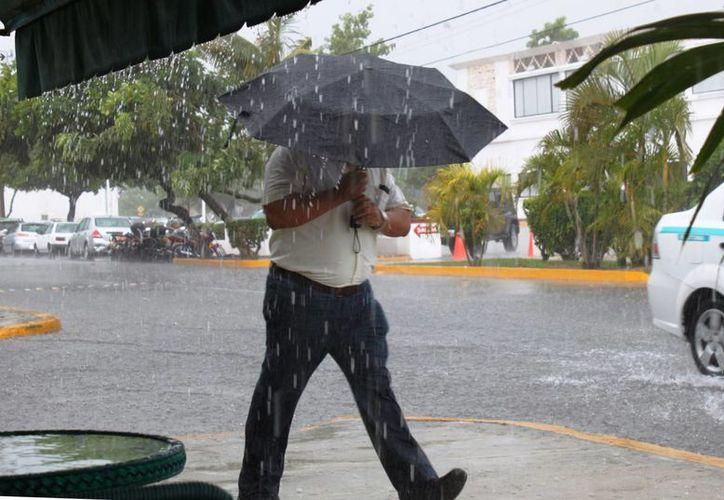 El frío y la lluvia motivaron la activación de tres refugios preventivos. (Daniel Pacheco/SIPSE)
