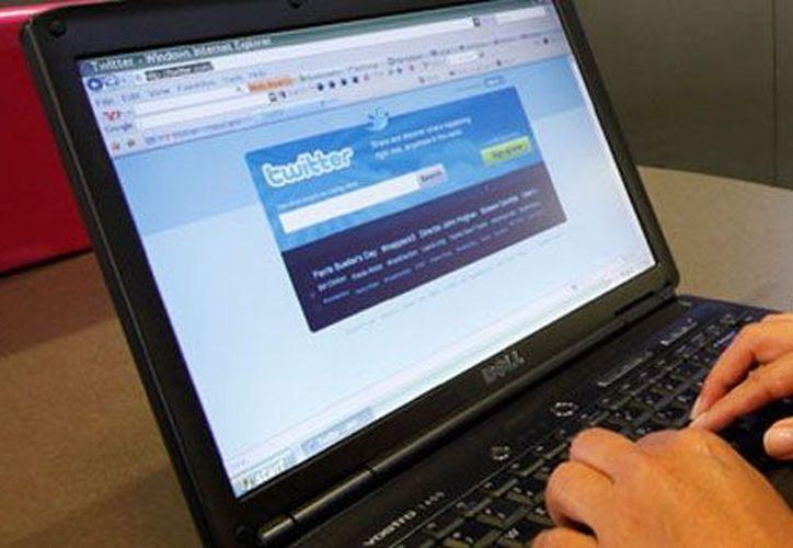 Los 140 caracteres obligados para un tuit pueden servir de base para una página web. (Agencias)