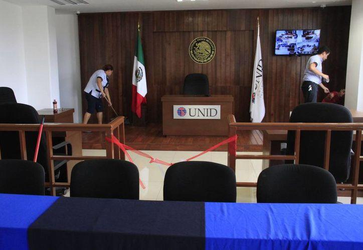 La Universidad Interamericana para el Desarrollo (Unid) es uno de los planteles que ya cuenta con sala de juicios orales. (Tomás Álvarez/SIPSE)