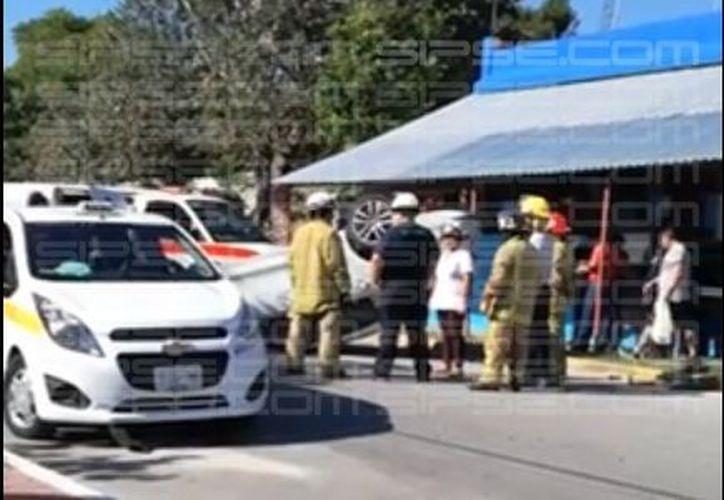Elementos de la Policía Municipal arribaron a la zona. (Jorge/ SIPSE)