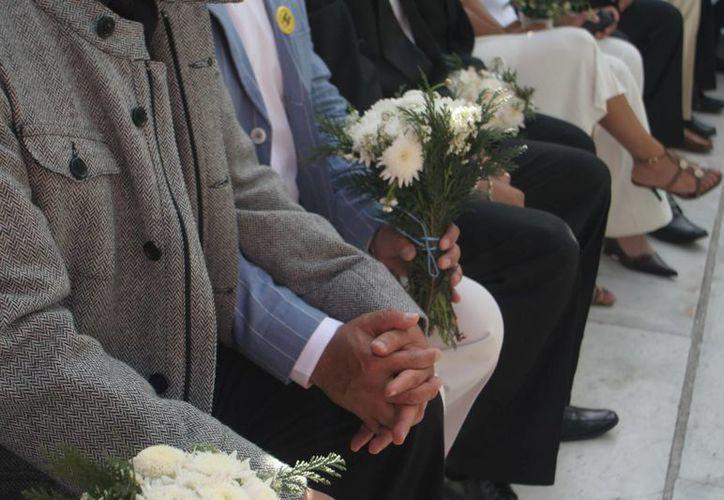 En México sólo algunos de los estados permiten el matrimonio gay, pero eso podría cambiar en breve por consideración de la Suprema Corte de Justicia de la Nación. (animalpolitico.com)