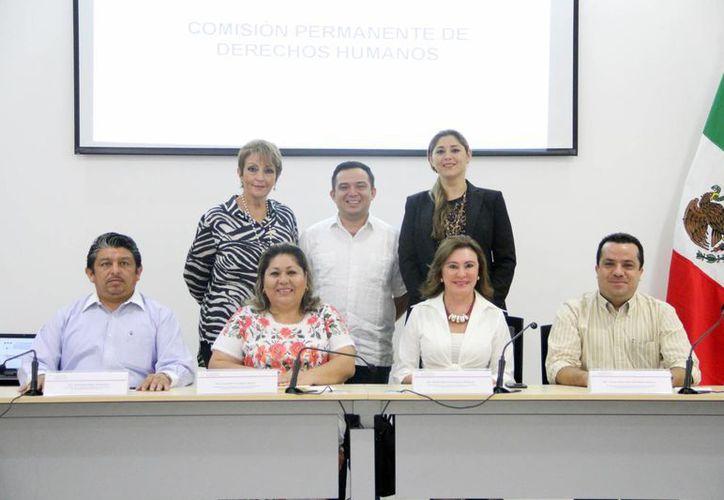 Integrantes de la Comisión de Derechos Humanos. (Milenio Novedades)