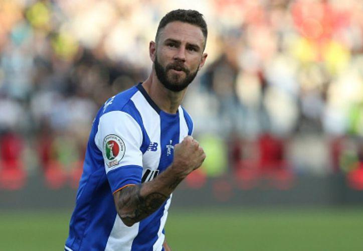 El jugador Miguel Layún llegó a Europa en diciembre de 2014. (Contexto)