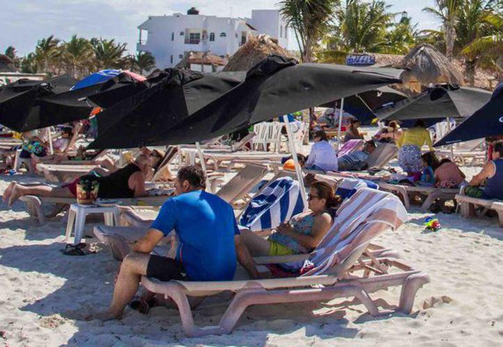 La temporada de verano está beneficiando a los servidores turísticos. (Cortesía)