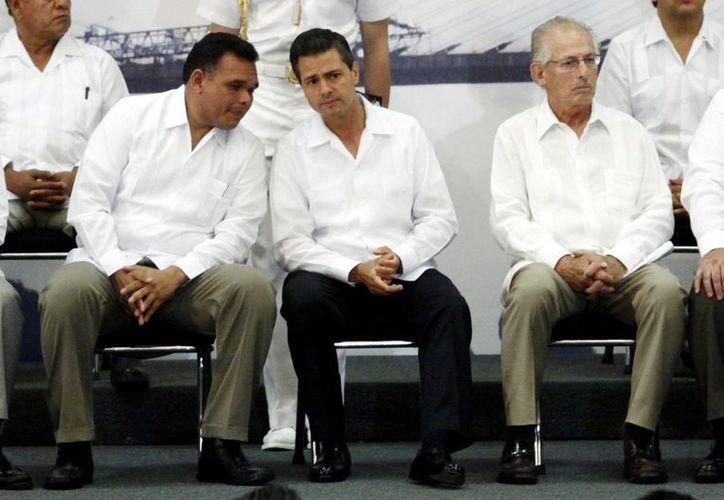 El Gobernador anunció ayer 5 proyectos prioritarios en materia de infraestructura para Yucatán. (Christian Ayala/SIPSE)