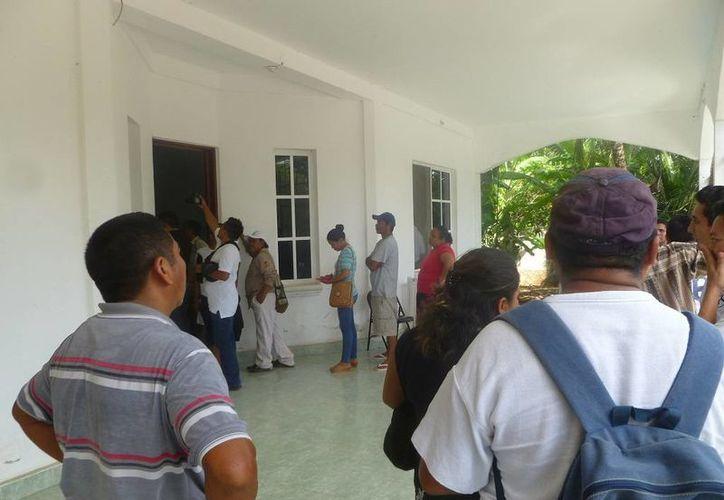 Algunos trabajadores revelaron que se negarán a firmar, ya que nunca se cumplió como marca la ley. (Raúl Balam/SIPSE)