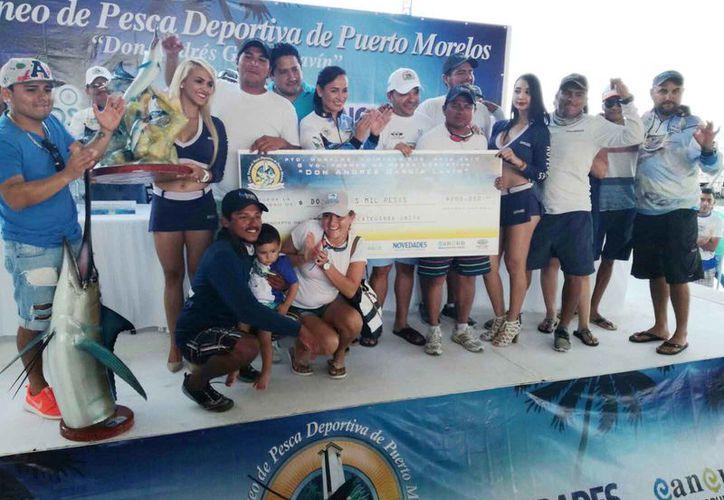 """La embarcación 'Mía Fernanda' fue la ganadora general del del Torneo de Pesca Deportiva """"Don Andrés García Lavín"""".  (Israel Leal/SIPSE)"""