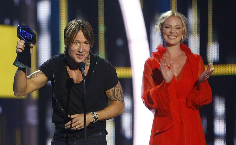Urban ganó los premios de video del año,  video masculino, video de colaboración y superastro social. (Foto: AP)
