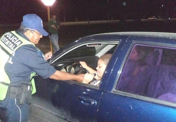 Activa mayor presencia en el Boulevard Bahía de Chetumal, la Policía Municipal Preventiva (PMP). (Francisco Sansores/SIPSE)