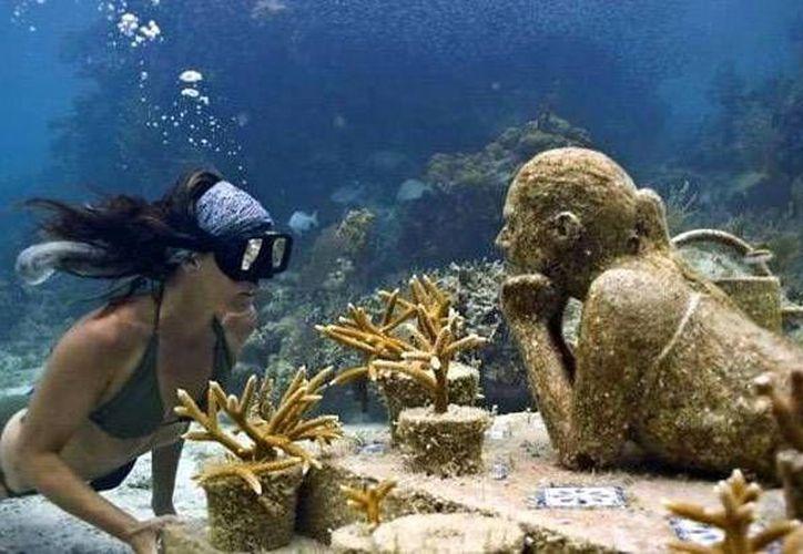 Antes de concluir el 2014 el museo tiene planes de sumergir al menos siete esculturas. (Redacción/SIPSE)