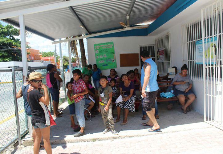Las consultas aumentan informó la dirección Salud Municipal. (Foto: Daniel Pacheco/SIPSE)