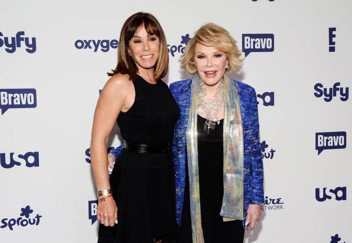 Melissa Rivers y su madre Joan Rivers durante un evento de la NBC en mayo del año pasado. (Foto: AP)
