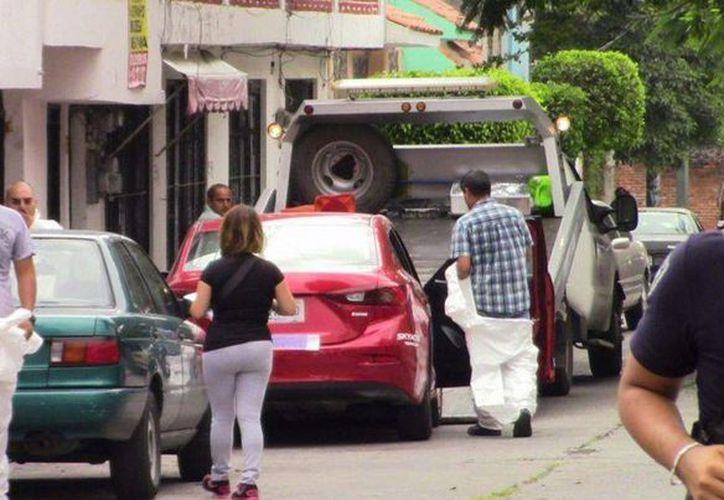 El ex tenista Pablo Moreno y su esposa murieron en el ataque; su hija de 21 años sobrevivió. Todos viajaban en el vehículo del promotor deportivo, en Cuernavaca, Morelos. (debate.com.mx)