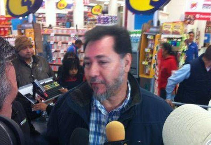 El exdiputado federal Gerardo Fernández Noroña acudió a una tienda departamental, compró un jugo y no pagó el impuesto. (Milenio)