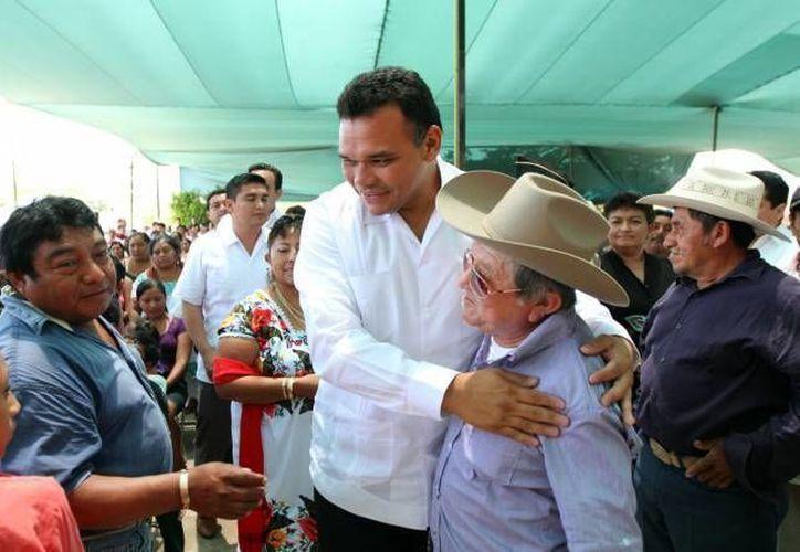 El gobernador Rolando Zapata Bello en una de sus actividades de este año. (SIPSE)