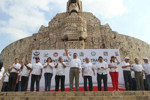 Miles de trabajadores de Yucatán marcharon en el Día del Trabajo