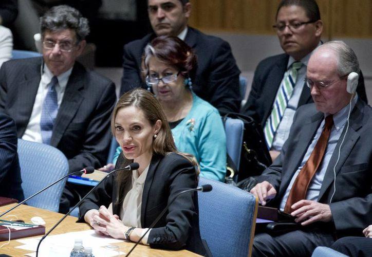 La actriz Angelina Jolie debuta ante el Consejo de Seguridad de la ONU como enviada especial para los refugiados. (Agencias)