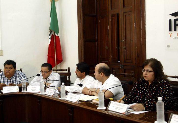 El Ipepac continúa trabajando en la organización de la jornada electoral de 2015 en el Estado. (SIPSE)