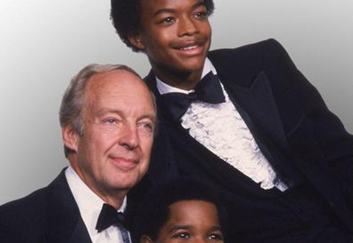 Conrad Bain, con los entonces jóvenes Gary Coleman (fallecido en 2010) y Todd Bridges. (Agencias)