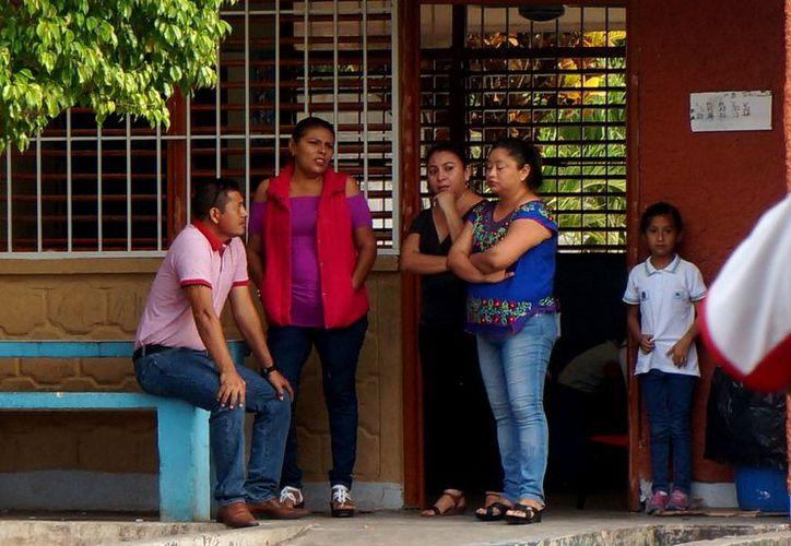 Los programas federales del sexenio pasado se mantendrán durante este ciclo escolar en Quintana Roo. (Daniel Tejada/SIPSE)