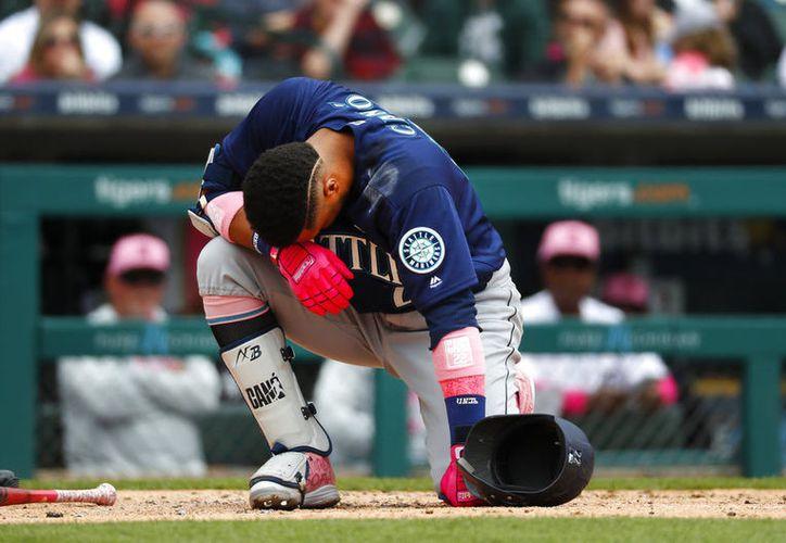 Los Marineros anunciaron que el pelotero, Robinson Canó tiene un quinto metacarpiano fracturado. (Vanguardia MX)