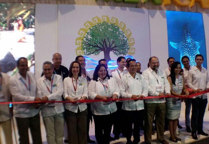 Inauguración del pabellón Caribe Mexicano del tianguis turístico. (Alejandro García/SIPSE)