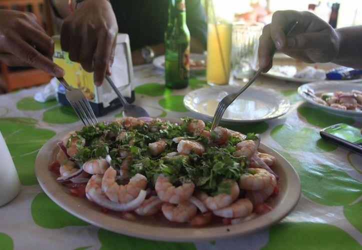 Aseguran que Quintana Roo está libre de la bacteria que afecta al camarón a mediados de septiembre y éste no repercute en el hombre.  (Archivo/SIPSE)