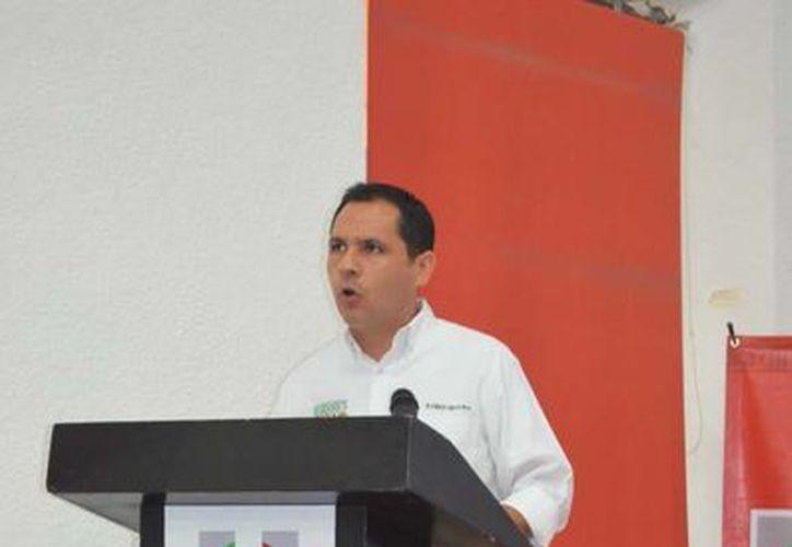 El regidor Rubén Segura Pérez expuso anomalías en los servicios públicos de Mérida. (SIPSE)
