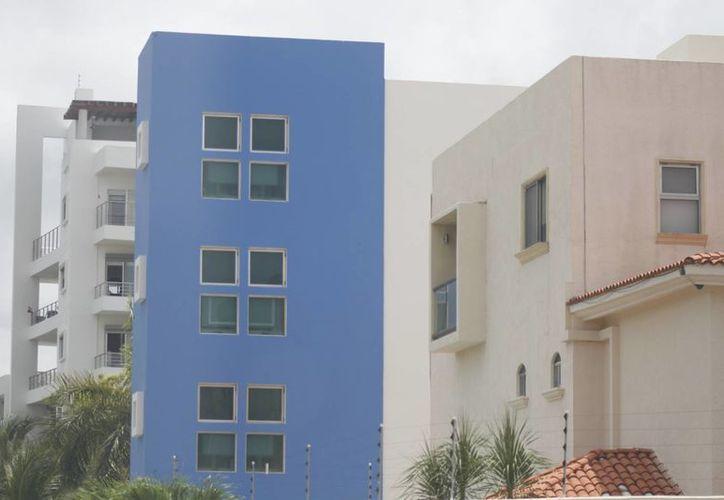 Reportan la venta de dos casas de lujo a la semana. (Israel Leal/SIPSE)