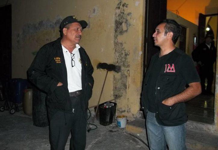 Policías de Sinanché platicaron lo que ocurre en el Palacio Municipal. (Jorge Moreno/SIPSE)