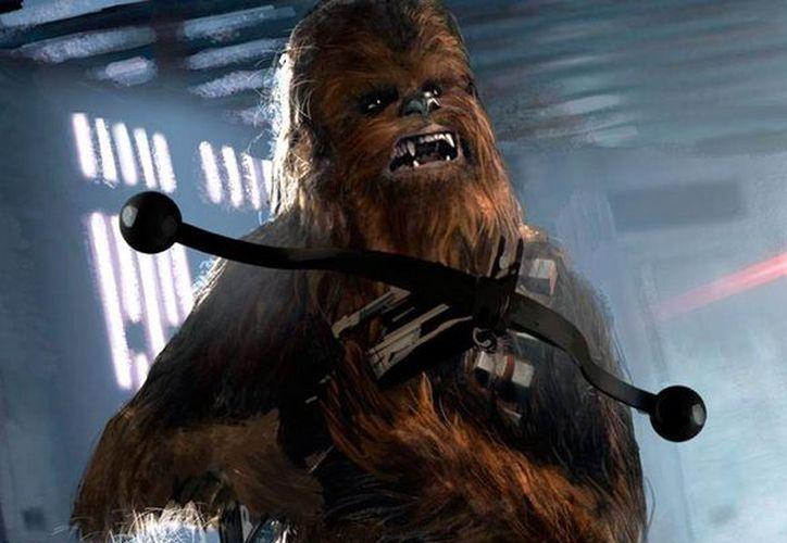 Chewbacca es uno de los personajes más entrañables de la Star Wars.  Peter Mayhew, el actor que da vida al  personaje, dice que le gustaría que Chewbacca tuviera un poco más de sentido del humor. (Archivo/starwarswikia.com)