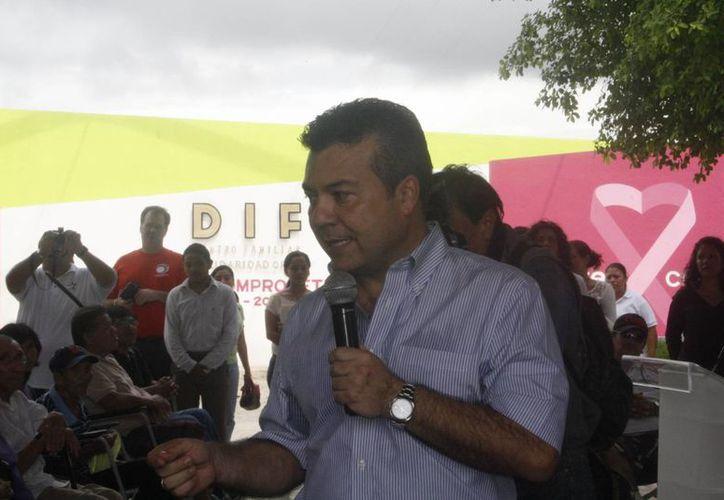 El alcalde durante una reunión con el Consejo Coordinador Empresarial. (Loana Segovia/SIPSE)
