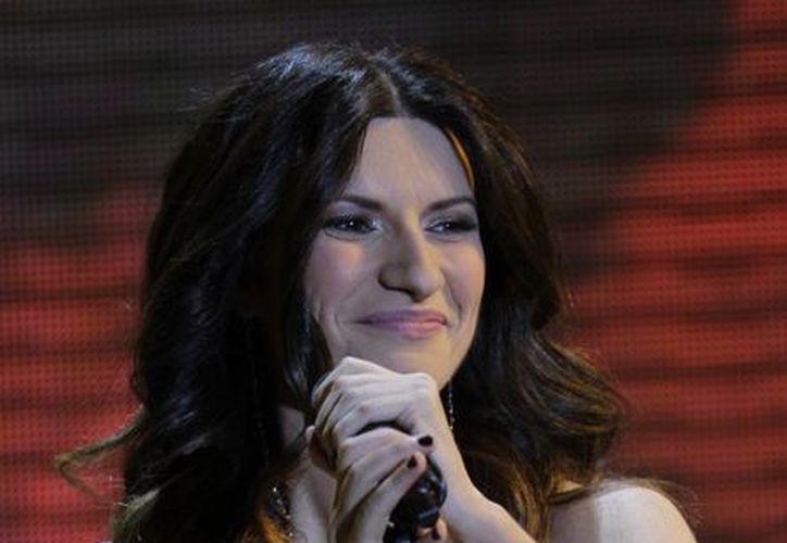 Laura Pausini debutó con un álbum homónimo en italiano en 1993 y desde entonces ha grabado 10 álbumes de estudio. (Agencias)