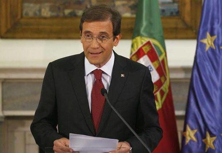 Según Pasos Coelho, su plan de saneamiento del Estado se limita a reducir el gasto público y no incluye más impuestos. (Archivo/Reuters)