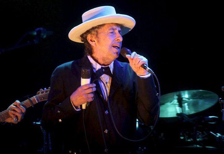 El cantautor Bob Dylan se ha hecho 'ojo de hormiga' desde que se informó que había ganado el Premio Nobel de Literatura 2016. La Academia Sueca no ha podido contactarlo para decírselo directamente. (Archivo/EFE)