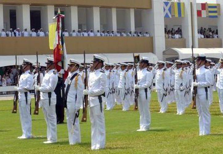 Aspecto de la Ceremonia de Graduación en la Heroica Escuela Naval Militar, el 23 de julio de 2015. (presidencia.gob.mx)