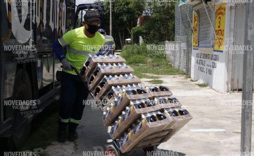 Los expendios de cerveza, licorerías, tiendas de autoservicio o bodegas podrán vender bebidas alcohólicas a partir de este martes 1 de septiembre. (Novedades Yucatán)
