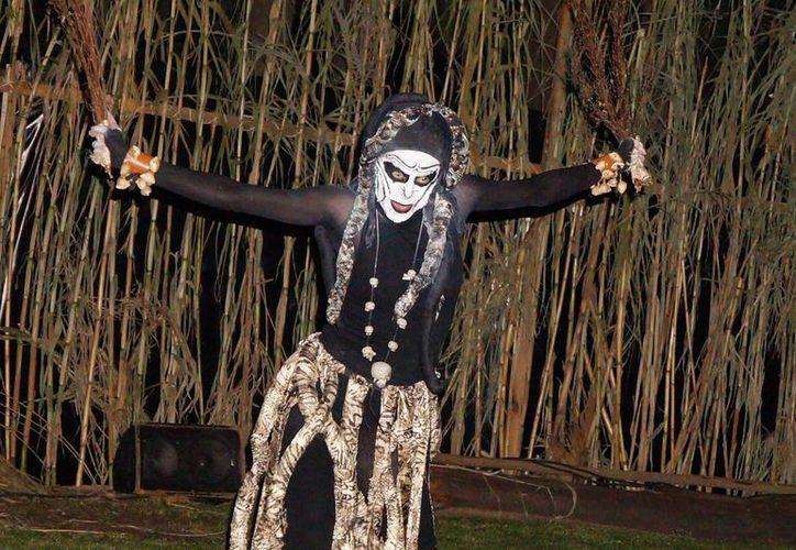 """Sobrenatural"" es una obra de teatro que se realiza sobre una chinampa. (Foto: Conoce Xochimilco)"