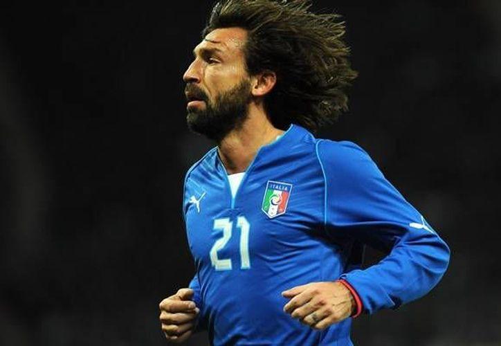 Pirlo, experimentado mediocampista, ha sido pieza fundamental para el cuadro italiano en los últimos años. (mediotiempo.com)
