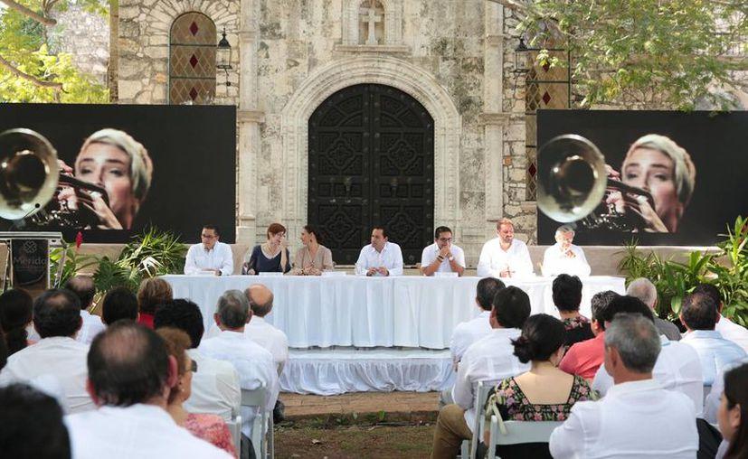Este lunes se realizó la presentación del programa 'Mérida, Capital Americana de la Cultura 2017', que durará todo el año y que contendrá eventos con artistas yucatecos, nacionales y extranjeros. (Fotos cortesía del Ayuntamiento de Mérida)
