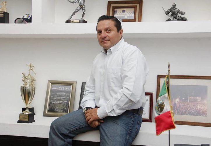 """""""El deporte es sano y puro, y la política, tropiezos"""", señala el director del Instituto Municipal del Deporte. (Milenio Novedades)"""