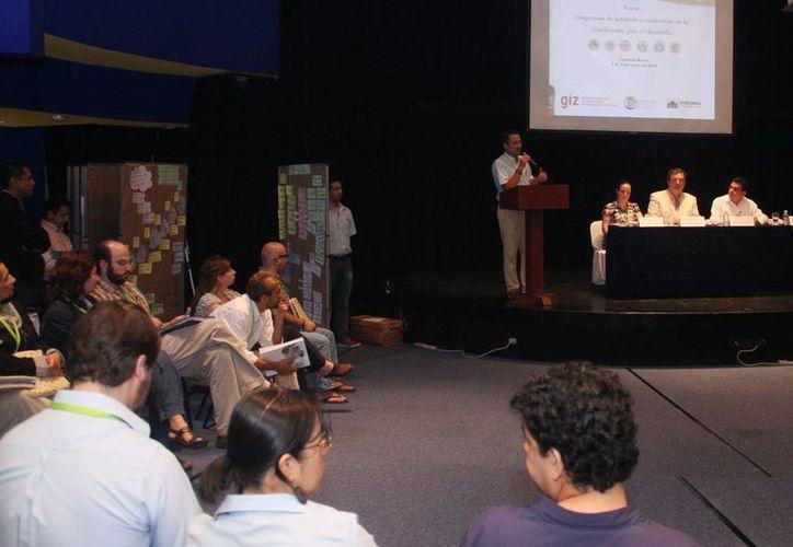 En el evento participaron especialistas de Alemania, Francia, Perú, Colombia y México. (Cortesía/SIPSE)