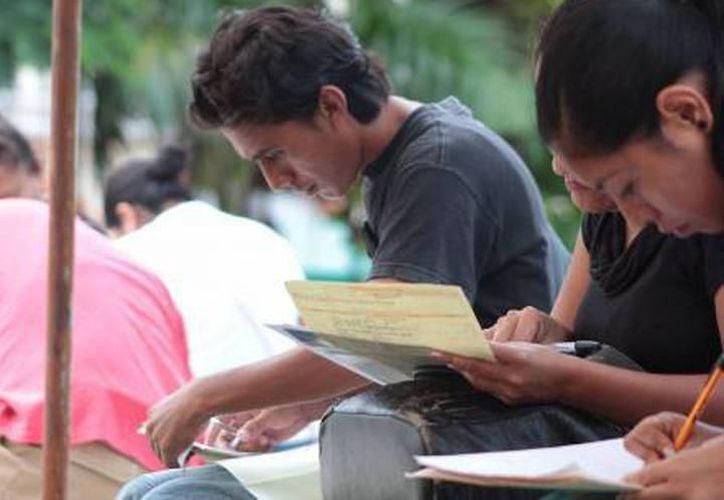 Enrique Castillo Ruz explicó que este año ejercen 20 millones de pesos en los programas del Servicio Nacional de Empleo. (Archivo/SIPSE)
