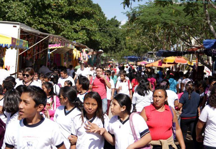 Las promociones se realizan  en las 53 hectáreas de entretenimiento de la Feria Yucatán. (Milenio)